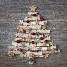 Weihnachtsbaum aus Holz als Wanddeko                                                                                                                                                                                 Mehr