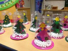 Snow globe cup ornaments to make for Christmas crafts and gifts! Kindergarten Christmas Crafts, Christmas Crafts For Kids To Make, Christmas Activities, Holiday Crafts, Christmas Mood, Kids Christmas, Christmas Gifts, Christmas Decorations, Christmas Ornaments