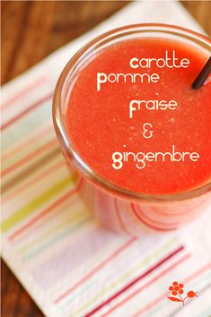SMOOTHIE CAROTTE, POMME, FRAISE & GINGEMBRE