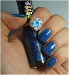 Nail 2 Express: Holographic dolphin manicure