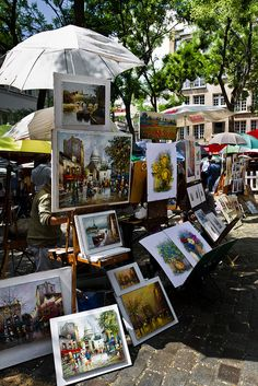Paintings at Place du Tertre, Montmartre, Paris. France.