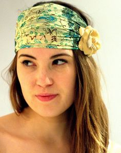 yellow flower print Head Wrap with a yellow flower , Women's Headband, Headwrap with Elastic Back, wide turband. Head Wrap Headband, Turban Headbands, Big Yellow, Headbands For Women, Loose Hairstyles, Top Knot, Yellow Flowers, Head Wraps, Flower Prints