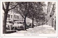 22 Brilliant Vintage Photographs of Johannesburg Johannesburg City, Third World Countries, Historical Pictures, Vintage Photographs, Landscape Photography, South Africa, History, Street, Historia