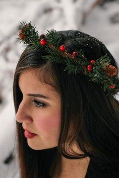DIY Winter Crown #christmas #crown