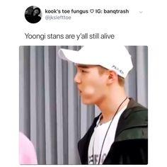 *smiles cuz she's a jimin stan* . *heartbroken bc yoongi mite be added to her bw list* Min Yoongi Bts, Min Suga, Bts Taehyung, Bts Bangtan Boy, Bts Video, Foto E Video, Bts Memes, K Pop Wallpaper, Min Yoonji