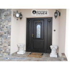 Coloana Ornamentala din beton in Stilul Corintic Columns, Home Decor, Decoration Home, Room Decor, Home Interior Design, Home Decoration, Interior Design