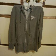 Sweat shirt with hood like new Sweater bebe Tops