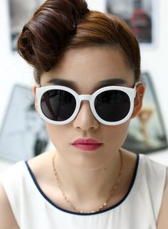 cb89d3a84782 *Free Shipping* New Fashion Vintage Round Frame Sunglasses Karen Walker  Metal Arrow Brand Women
