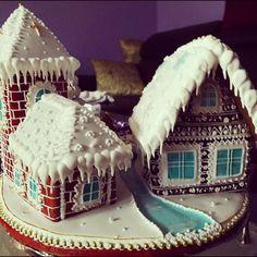 #artfood #art  #medovniky #med #honeycake #honey #medovník #pernicky #pernik #gingerbread #pain #painting #cook #colors #color #christmastime #christmas #sneh #vianoce #church #winters #winter #krajina #country