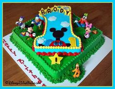 Mickey Mouse Clubhouse cake - awesome!! PINspiration blog hop