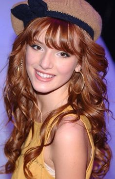 Pin Up Girl Hairstyles Ideas Curly Prom Hair, Prom Hairstyles For Long Hair, Hairstyles With Bangs, Wavy Hair, Easy Hairstyles, Straight Hairstyles, Beautiful Hairstyles, Wedding Hairstyles, Hair Bangs