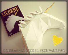 Livre jeunesse - Licorne une déco à créer soi-même - 404 éditions - kit papertoy - unicorn - trophée - origami - pliage - book - décoration - maison - home - chambre enfant - kids - ado - geek - 3D