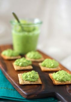 A CUP OF JO: Green Pea Hummus