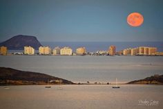 la manga del Mar Menor.Murcia Beautiful Moon Pictures, Beautiful Places, Spain Travel, Holiday Destinations, Beach Trip, Places To Visit, Alicante, Underworld, Cardio
