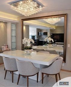 49 Luxury And Elegant Dining Room Ideas - Imagination is the key to a well-designed dining room and choosing a theme around which you can base your furniture and decorating ideas is a great wa. Dining Room Colors, Elegant Dining Room, Luxury Dining Room, Dining Room Walls, Dining Room Design, Dinner Room, Dining Room Inspiration, Home Living Room, Home Decor