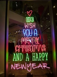 CHRISTMAS TREE - Gem Colours: DKNY, NYC