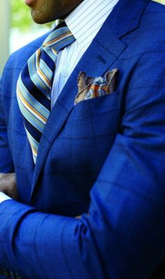 A burst and hues of different shades of blue, highlighted with a touch of golden yellow, absolutely a perfect burst of color☆For the Man with Confidence▪ A well suited suit.