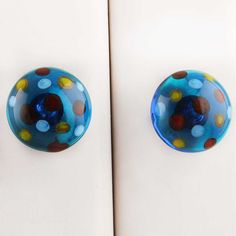 Online ceramic dotted knobs, Handmade, Ideal for doors, cabinets, wardrobes, dressers. Best collectible item to decor your home furniture. Kitchen Pulls, Ceramic Knobs, Dressers, Door Knobs, Wardrobes, Home Furniture, Cabinets, Chrome, Doors