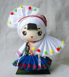 Bai  the masters of artistic creativity and favor white clothes and decorations; creative in architecture, painting, music, sculpture and lacquer work