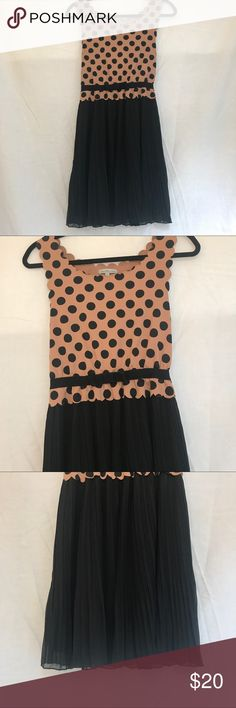 charlotte russe Scalloped  trimmed dress Juniors M Size: Juniors Medium Color: Brown/Black Design: Scalloped Trim/ Polka Dot Design/ Sheath Silhouette   Neckline:Scoop Sleeves: Tank Materials: 100% Polyester  Measurements (approximate) Length: 35 inches Underarm to underarm (laying flat): 14.5 Waist (laying flat): 12 inches. Stretchy Waist Band  Condition: Great! Charlotte Russe Dresses