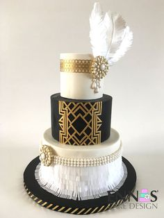 Great Gatsby Cake Video Tutorial — Ennas' Cake Design - Great Gatsby Wedding - Healt and fitness Fondant Wedding Cakes, Wedding Cupcakes, Fondant Cakes, 1920s Wedding Cake, Art Deco Wedding, Gatsby Wedding, 1920s Cake, Party Wedding, Gold Wedding