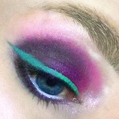 """34 likerklikk, 2 kommentarer – Makeup-enthusiast (@beautycaybh) på Instagram: """"Green liner! 😎✨"""""""