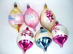 Set of 6 Teardrop Christmas Ornaments Vintage by ChromaticWit