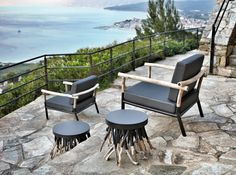 coffe table and armchair by bleu nature Bleu Nature, Mountain Style, Table Design, Driftwood Crafts, Coffe Table, Outdoor Furniture Sets, Outdoor Decor, Design Studio, Designer