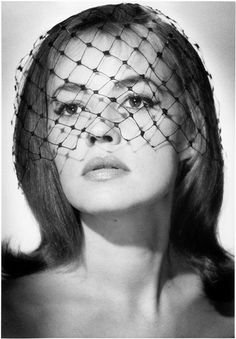 Jeanne Moreau photographed by Sam Lévin in 1960