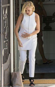 Lara Bingle in Josh Goot - In Sydney.  (November 2014)