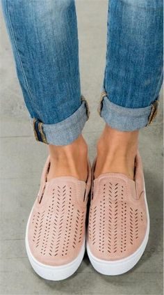Women s Breathable Flat Shoes – 105 Hillside Slip On Sneakers 922d35f44c84