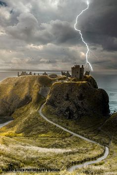 Dunnottar Castle, Scotland - (http://www.dunnottarcastle.co.uk/history.cfm)
