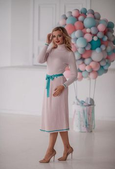 Pleated Skirt, Midi Skirt, Suits For Women, Clothes For Women, Russian Fashion, Dress Silhouette, Suit Fashion, Looks Great, Collars