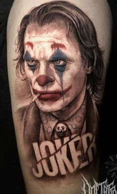 Joker tattoo is probably one of the most popular tattoos among the comic fans. People are fascinated by the Joker. Owl Tattoo Design, Tattoo Designs, Tattoo Ideas, Body Art Tattoos, Sleeve Tattoos, Tattoo Art, Clown Tattoo, Joker Tattoos, Bandana Tattoo