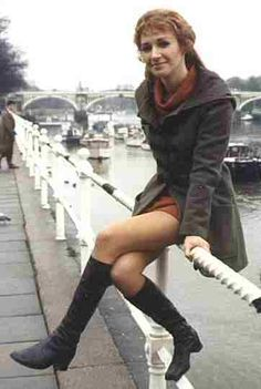 Legs of science! RIP Caroline John, who played the awesomely badass Doctor Elizabeth Shaw in Doctor Who from the seventies on. My tribute at my blog, here: http://miss-s-b.dreamwidth.org/1266907.html