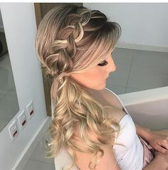 The beauty of simple wedding hairstyles for long hair 25 Dance Hairstyles, Side Hairstyles, Ponytail Hairstyles, Pretty Hairstyles, Romantic Hairstyles, Updos, Long Hair Wedding Styles, Wedding Hairstyles For Long Hair, Long Hair Styles