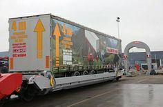 Lohr unveils new wagon for 4m semitrailers
