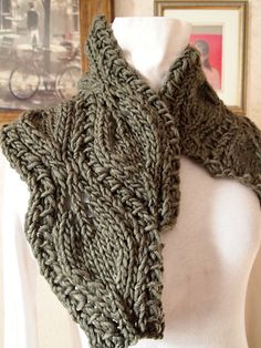 Ravelry: Leaf Lace Cowl pattern by Grace Mcewen  $4.50 pattern,  Bulky yarn