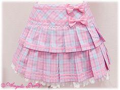 Angelic Pretty / Skirt / School March Skirt Little Girl Skirts, Skirts For Kids, Queen Fashion, Lolita Fashion, Frocks For Girls, Girls Dresses, Short Niña, Kawaii Dress, Boys And Girls Clothes
