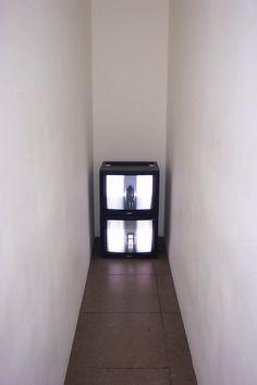 Bruce Nauman- Corridor (1970)