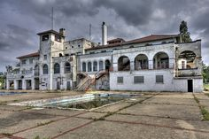 Detroit Boat Club - after being abandoned