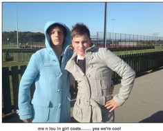 LOOK AT STAN GAY ASS LMFAO AND LOUIS OMG