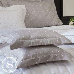 #ScavoneCasa #Scavone #cama #casa #quarto #luxo #roupadecama #room #bedroom #inspiracão #decor #decoracão #inspiration #bedroom #cama #colcha