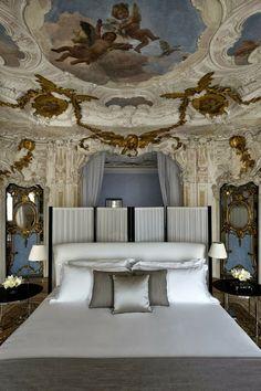 Viaggio in Italia | Palazzo Papadopoli, Venezia Italy | Aman luxury Hotel