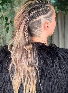 Undercut Hairstyles Women, Short Hair Undercut, Braids For Short Hair, Short Hairstyles For Women, Braided Hairstyles, Cool Hairstyles, Viking Hairstyles, Undercut Women, Viking Haircut