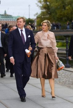 King Willem-Alexander and Queen Maxima of the Netherlands arrive at the parliament in Stockholm, Sweden, 14.10.13.