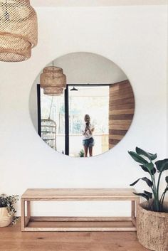 15 Smart Small Apartment Design and Decor Ideas to Organize and Beautify Your Home - The Trending House Lobby Design, Cute Dorm Rooms, Cool Rooms, Home Decor Bedroom, Living Room Decor, Entryway Decor, Living Rooms, Minimalist Home Decor, Minimalist Living