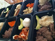 My Meal prepping tip is just do everything at once! & don't think too much about it! Just thrown some brown or white rice to cook on one stove (carbs) the other throw some extra lean ground beef or turkey & grill some chicken breasts on the other pan (protein) microwave some small yams till soft (carbs) & cut up some avocados! (Fats) Lay out all your empty containers and serve 'em up Sprinkle different seasonings on each meal for variety #mealprep #mealprepping #mealprepsunday…