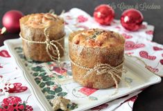 panettoncini salati Finger Food Appetizers, Appetizer Recipes, Antipasto, Plum Cake, Mini Foods, Food Humor, Christmas Treats, Christmas Time, Creative Food