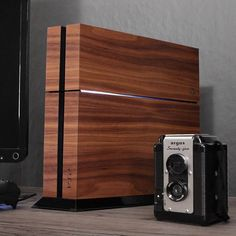 Get your game-style on! Toast now crafts real wood covers for and XBOX. Designed with heart, cut by lasers and hand-finished in Portland, Oregon. Custom Consoles, Gadgets, Cool Tech, Real Wood, Stores, Geek Out, Android, Game Room, Playstation